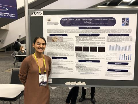 Laurel Zaima presented the PlastiX-Snow project in a poster at the fall meeting of the American Geophysical Union in December 2019. (Photo: Marie DeNoia Aronsohn)