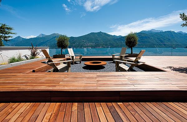 Breakwater, nr Menaggio, Lake Como