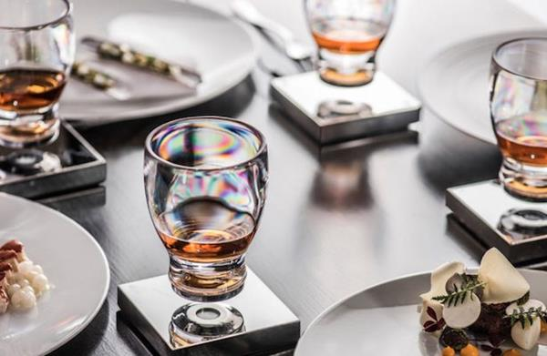 THE LEVITATING COCKTAIL GLASS CLEARED ITS KICKSTARTER GOAL