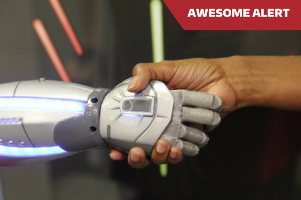 AWESOME ALERT: AFFORDABLE, 3D-PRINTED BIONIC HANDS FOR KIDS GOING TO CLINICAL TRIAL