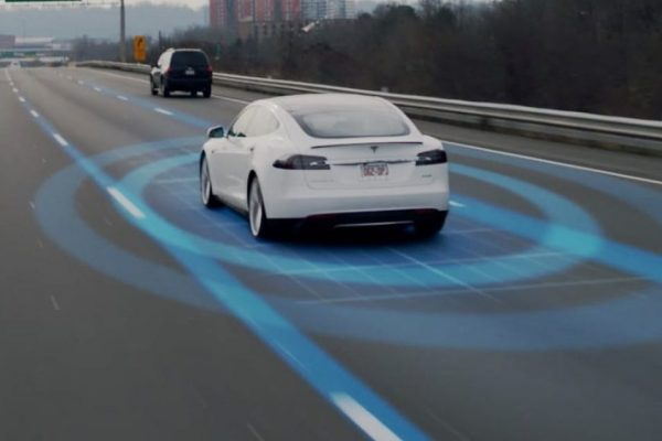 TESLA AUTOPILOT DROVE MAN WITH MEDICAL EMERGENCY TO HOSPITAL, SO IT CAN SAVE LIVES TOO