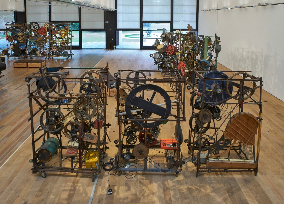 Jean Tinguely, Méta-Harmonie II, 1978 (front), Pandämonium N°1 – Méta-Harmonie 3, 1984 (back right), Méta-Harmonie II, 1978 (back left) Installation view at Museum Tinguely, Basel