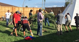 Men building the sweat lodge at Kettle & Stony Point Health Services