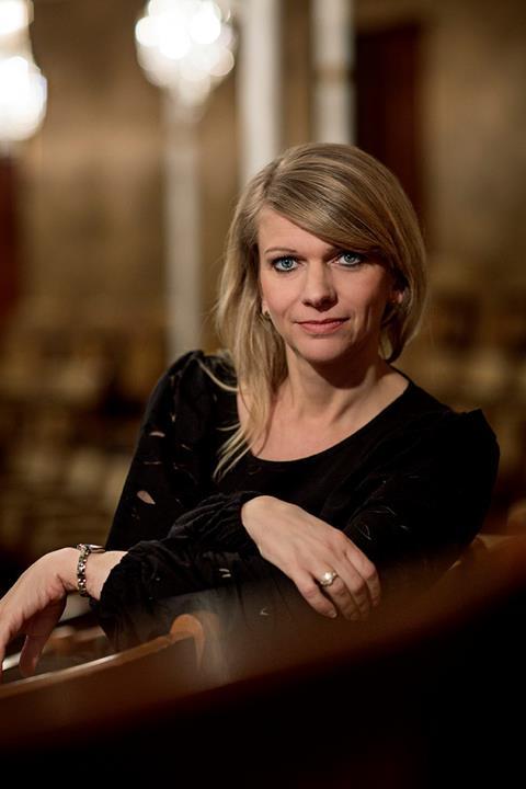 Teaterdirektør Trine Holm Thomsen (foto Isak Hoffmeyer)