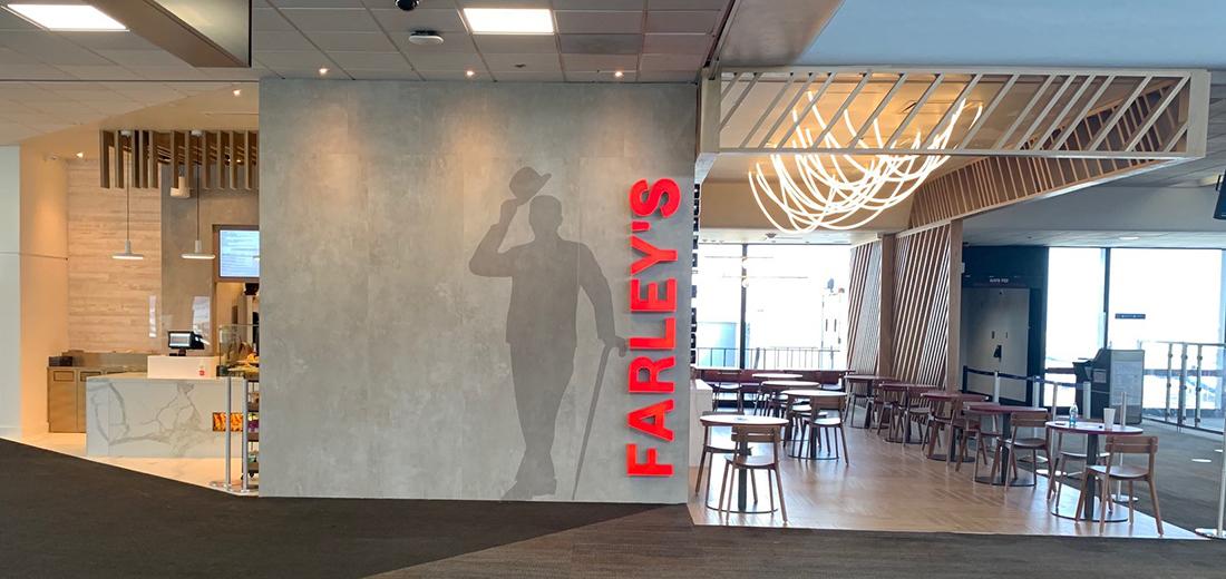 Farley's Café & Lounge