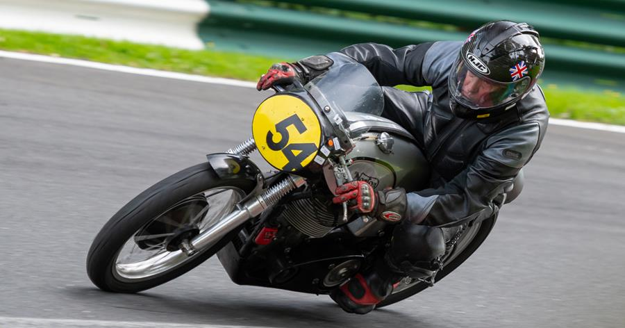 Cliff Ransley on the Norton at Hall Bends