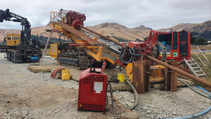 The drill rig in action
