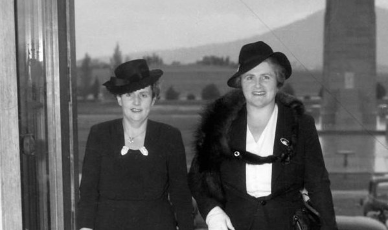 Mystery Tour: Daring Dames