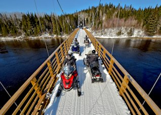 Snowmobile bridge in Côte-Nord