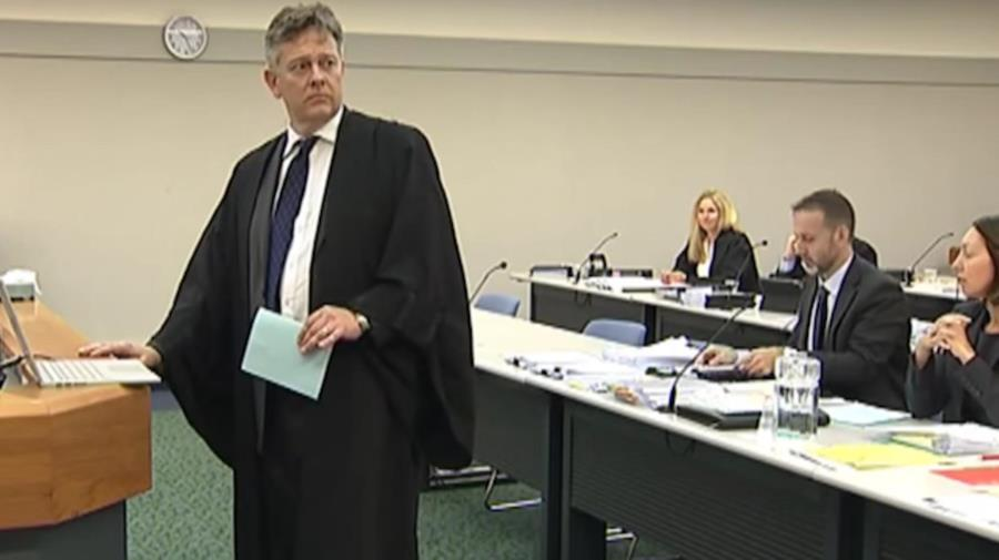 "NZ Court listens to ""Lose yourself"""