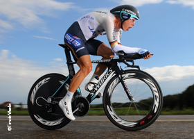 The&#32;Time&#32;Trial&#32;Maestro&#32;rides&#32;SRAM&#32;RED
