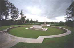 Hooge Crater Cemetery