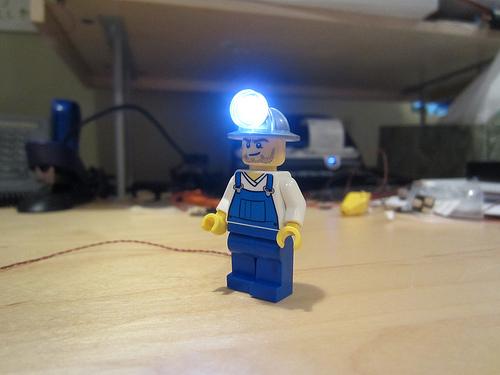 Lego Mini-Miner