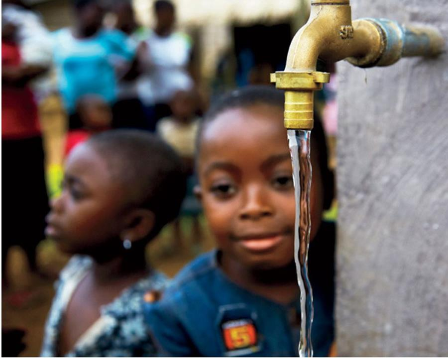 Cameroon Water returns to public hands