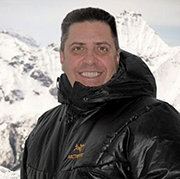 Distinguished Alumnus Rises to Peak of the Ski Industry