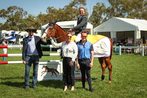 Jamie Kermond winner of 7 Yr Old class on Ciel with judges Rory Hovell, Becky Jenkins and Franz-Josef 'Peppi' Dahlmann 📷:  Michelle Teralto