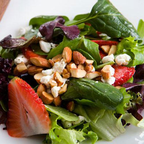 Mixed Greens, Strawberries & Goat Cheese