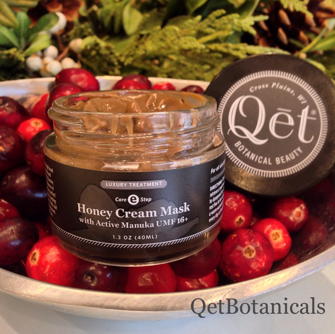 Qēt Botanicals honey cream mask with active Manuka UMF16+