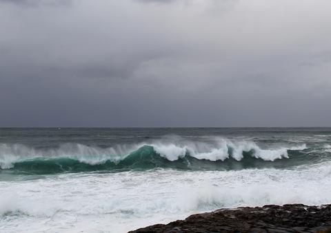 Powerful Swell To Hit NSW Coastline
