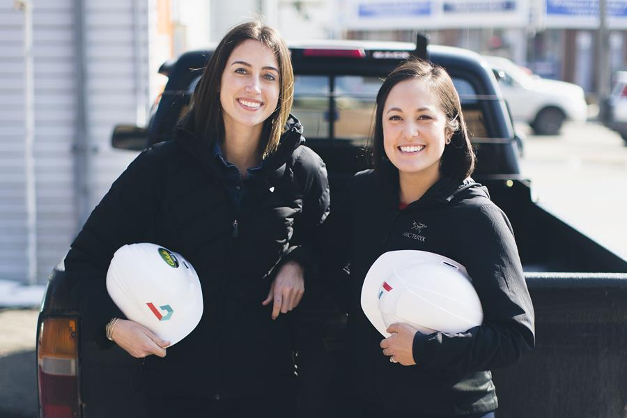 Bridgit founders Mallorie Brodie and Lauren Lake