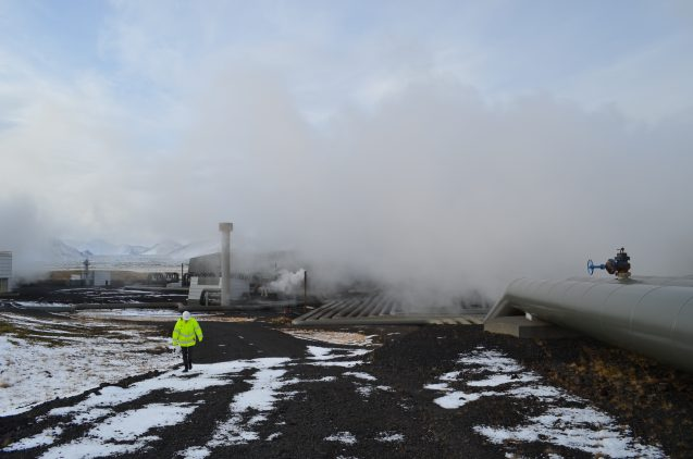 Icelands's Hellisheidi geothermal plant taps volcanic rocks still hot from past eruptions to supply heat to the nearby city of Reykjavik. (Kevin Krajick/Earth Institute)